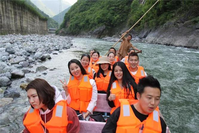 神农溪纤夫文化走廊 (7)