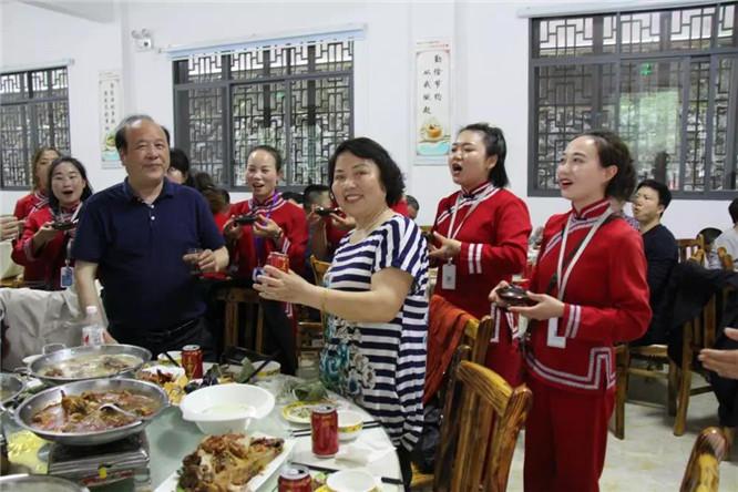 神农溪纤夫文化走廊 (8)