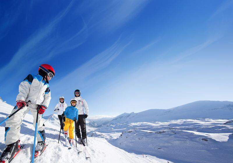 巴东绿葱坡滑雪场一日游亚布力5S滑雪多级别赛道