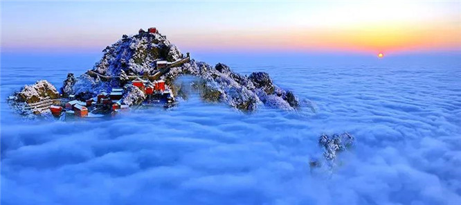 武当山旅游季节,武当山的最佳旅游季节